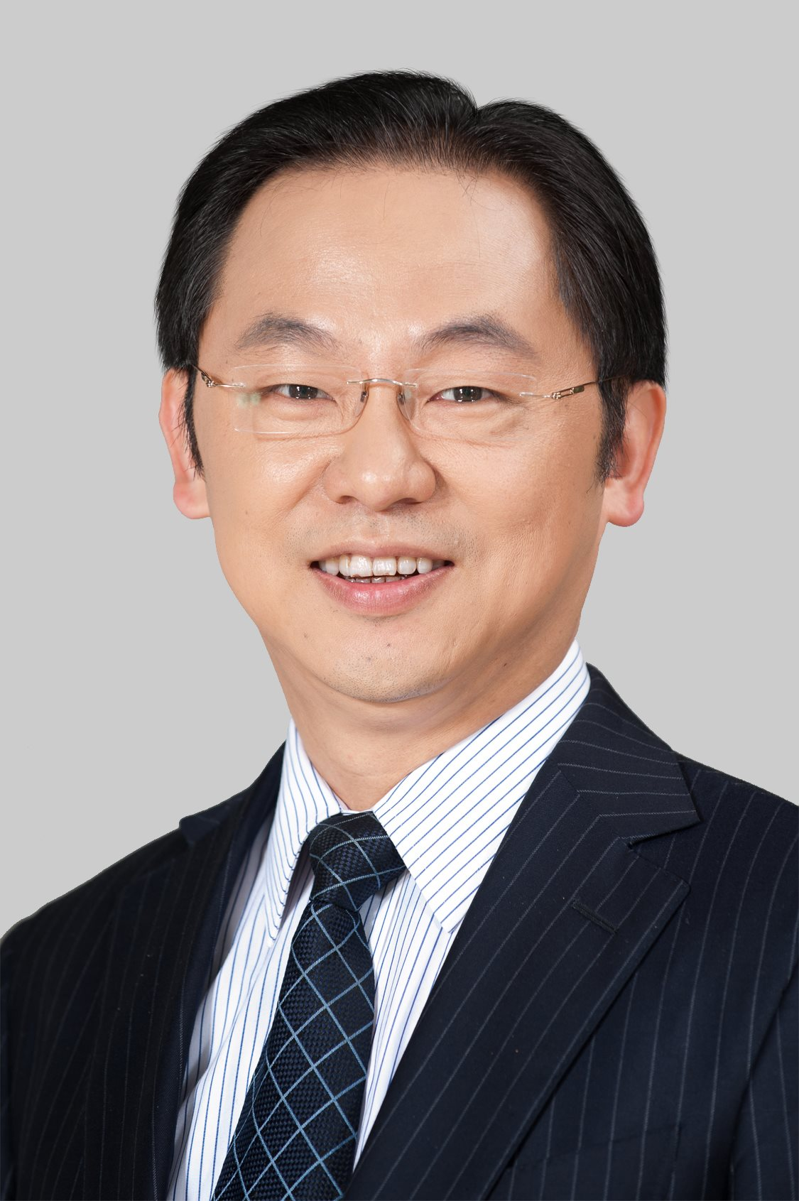 Mr. Ding Yun (Ryan Ding), Executive Director, President of the Carrier BG